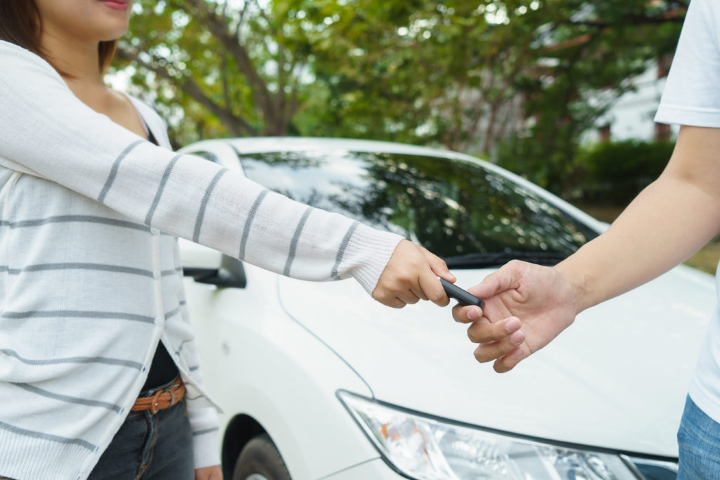 How to Transfer Car Ownership to a Family Member – Go Girl